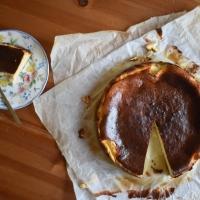 Το πιο εύκολο Cheesecake που έχεις φτιάξει ποτέ σου! (Video)